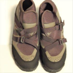 Teva shoes Trekking water hiking 9 Brown black New